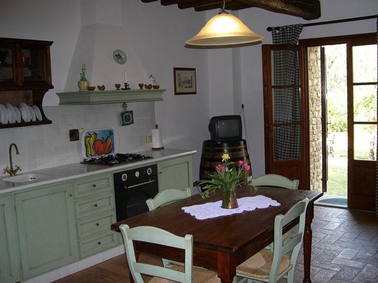 Villa Le Torri: Kitchen dining-room