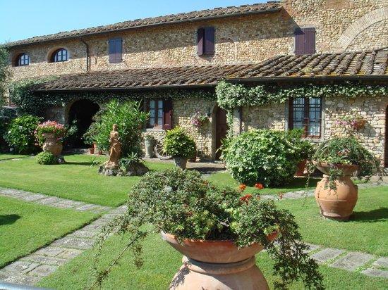 Villa Le Torri: Top Chianti hills Tuscany
