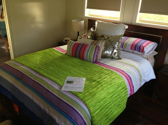 Jacaranda Creek Farmstay and B&B: Bedroom