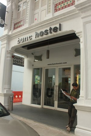 Bunc Hostel: the entrance does look nice!