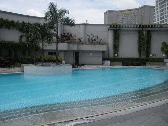 Ascott Makati: Pool Area