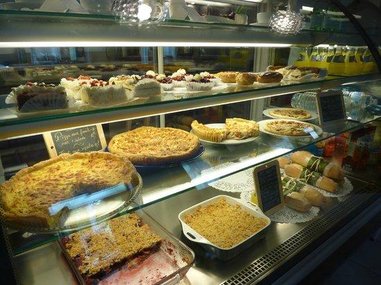 Les Delices de Josephine: Quiches et Pâtisseries