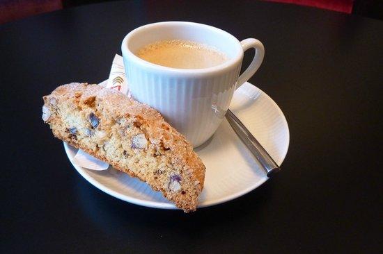 Les Délices de Joséphine : Biscotti fait maison et petit espresso serré