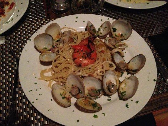 Otres Beach : Truly tasty seafood pasta!