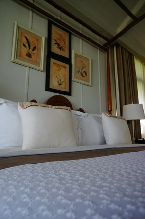 Devasom Hua Hin Resort: bed