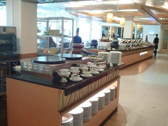Hotel Istana: Taman sari restaurant