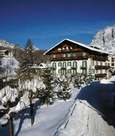 Hotel Pontechiesa Cortina
