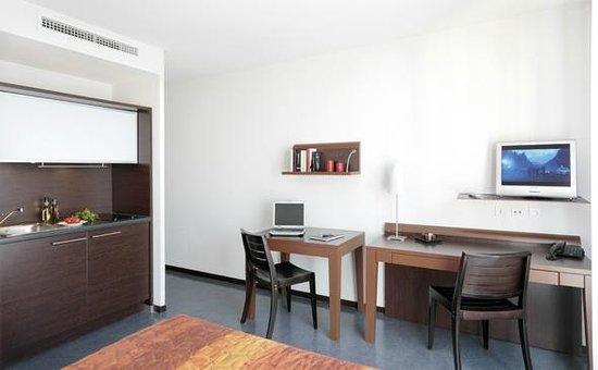 Appart 39 city confort lyon vaise hotel voir les tarifs 55 for Prix appart city