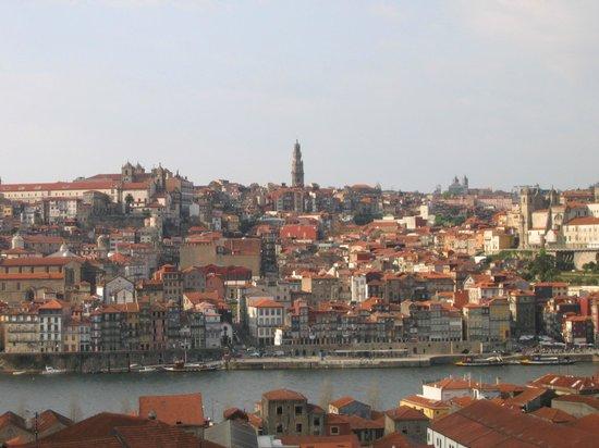 Pestana Vintage Porto: Vista de la Ribeira y del hotel