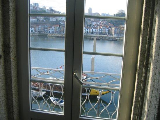 Pestana Vintage Porto: El Duero desde el interior del hotel