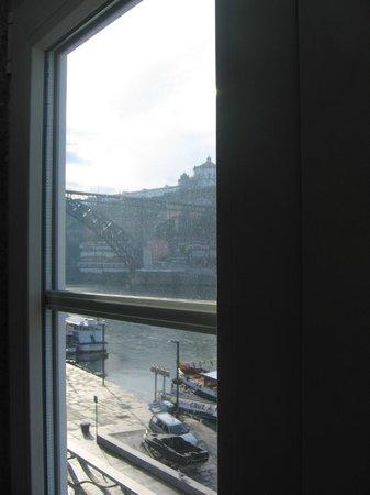 Pestana Vintage Porto: Detalle de las vistas sobre el Duero desde el hotel