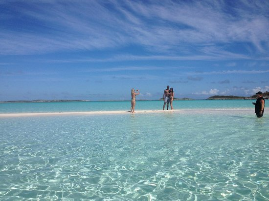 Island World Adventures: On the sandbar