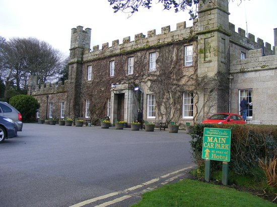 Tregenna Castle Resort: Main Entrance