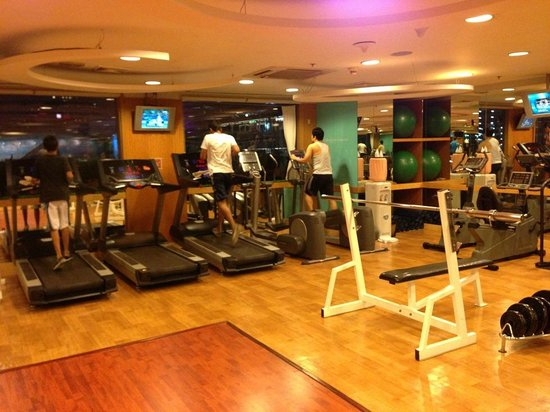 Novotel Bangkok on Siam Square: Gym room