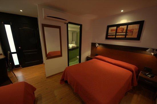 Sur Hotel: Hab.  19