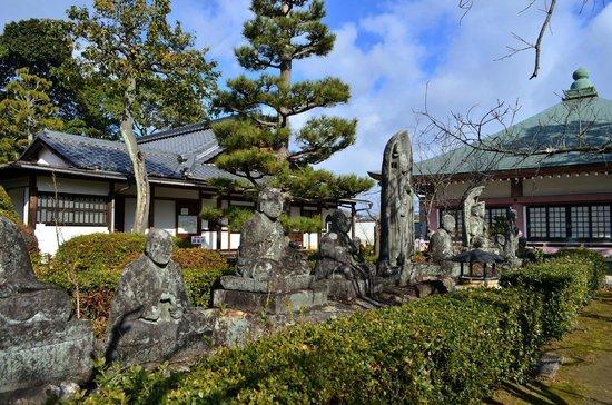 Kinukake no michi : 蓮華寺も立ち寄れます