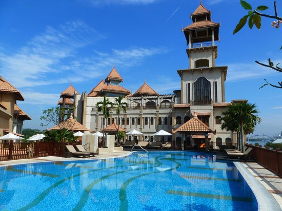 Swimming Pool Picture Of Pullman Putrajaya Lakeside Putrajaya Tripadvisor