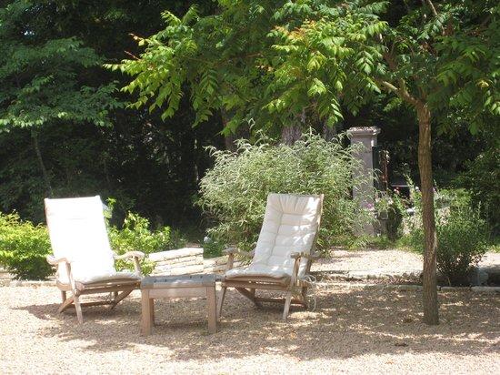 Evidence Maison d'Hôtes : Côté jardin