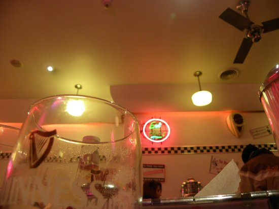 Eddie Rockets: interno