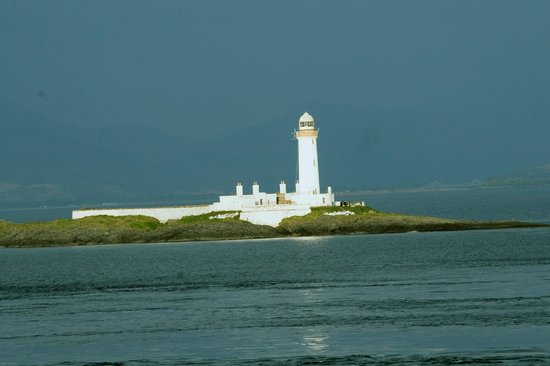 Melfort House: Fladda Lighthouse