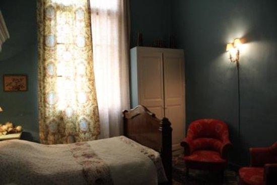 Chambre communicante - Picture of La Vagabonde, Arles - TripAdvisor