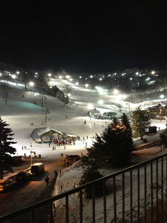 Seven Springs Mountain Resort: Slopeside view from room 334