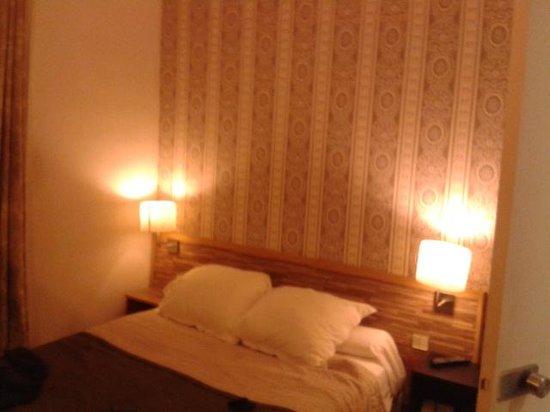 Hotel Du Moulin: letto