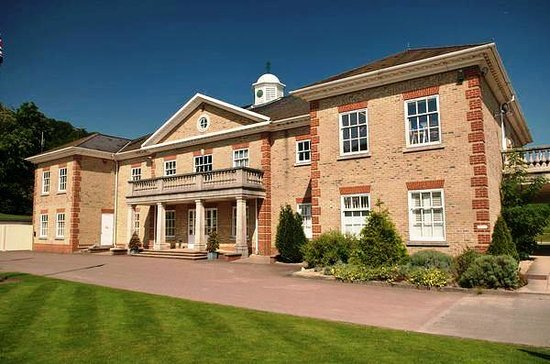 Hotels Near Woldingham Golf Club