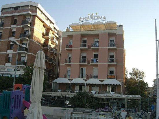 The Sombrero Hotel: Hotel direttamente sulla spiaggia senza strada da attraversare