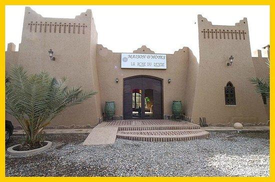 La Rose Du Desert: a big gate in with a big traditional park.