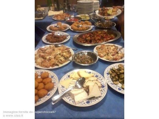 La Bitta: tavolo antipasti