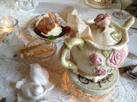 The Garden Gate Tea Room: Attention to Every Detail