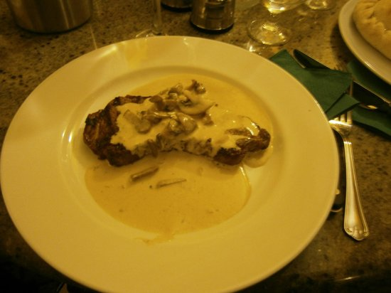 Sergio's: Steak Diane - cooked to perfection