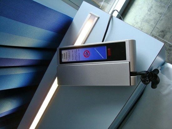 Hotel Cristal Design: telefono