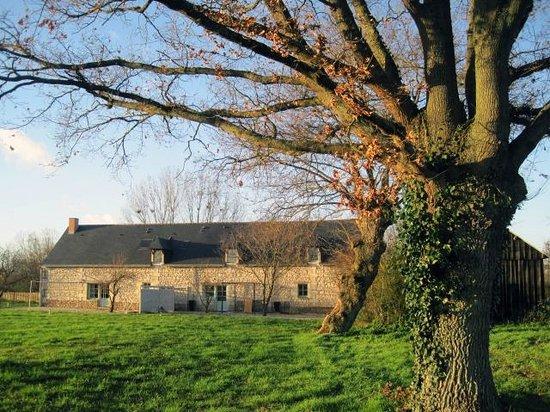 Blou, Frankrig: Extérieur bucolique