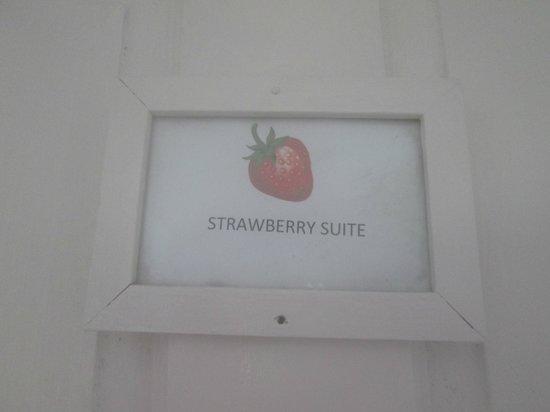 San San Tropez Villa-Hotel: Strawberry Suite