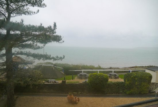 Outside pool picture of bournemouth highcliff marriott - Bournemouth hotels with swimming pools ...