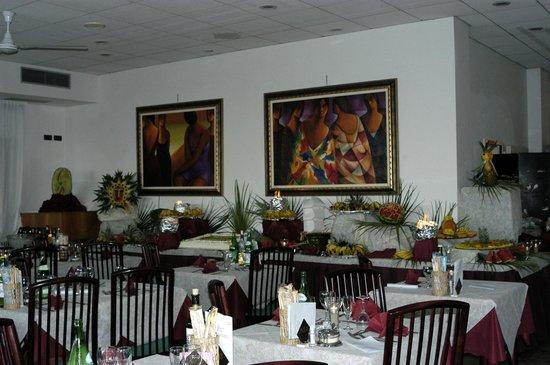 Hotel eden bewertungen fotos preisvergleich bellaria - Bagno eden igea marina ...