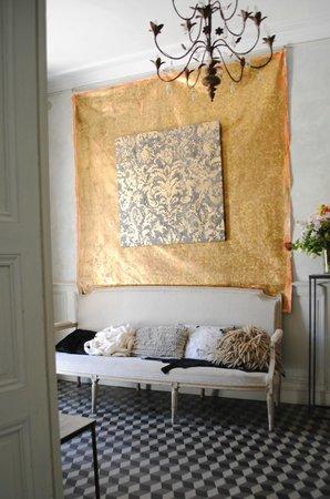 """Maison d'Hotes """"La Galerie"""" : ENTREE"""