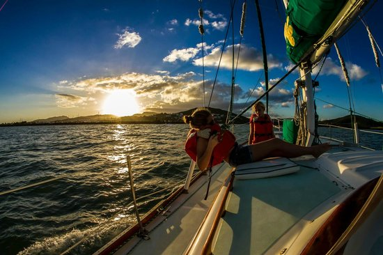Erin Go Bragh Sailing & Snorkeling Charters: Sailing off of Vieques
