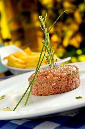 Le Vin Bistro: Steak Tartare
