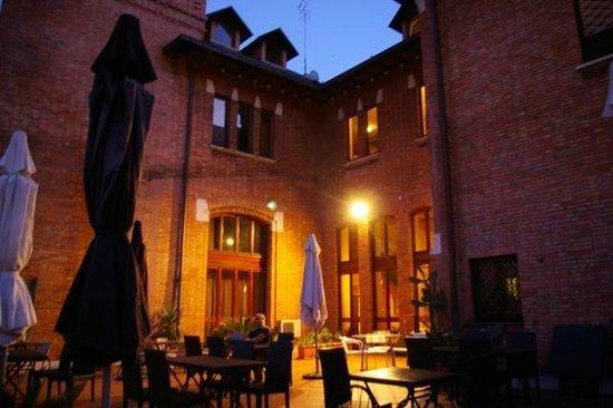 Residenza Villa Marignoli: La terrazza al tramonto