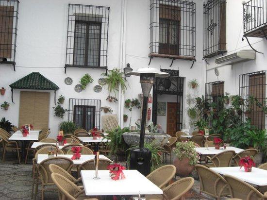 Hotel Los Patios: Entrada al hotel