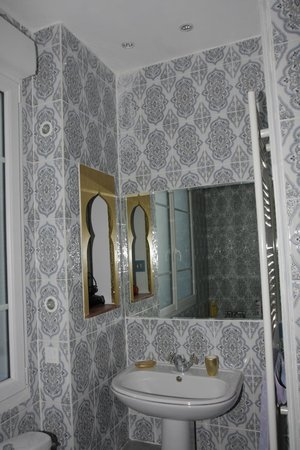 Villa Caroline: salle de bain essaouira (bain)