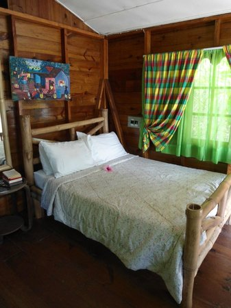Half Moon Beach: Our pretty cabin