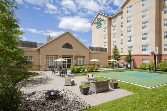 Homewood Suites by Hilton Cambridge-Waterloo, Ontario : Courtyard