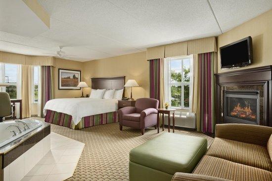 Homewood Suites by Hilton Cambridge-Waterloo, Ontario : Jacuzzi Suite