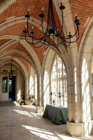 Chateau de la Flocelliere : La galerie ogivale