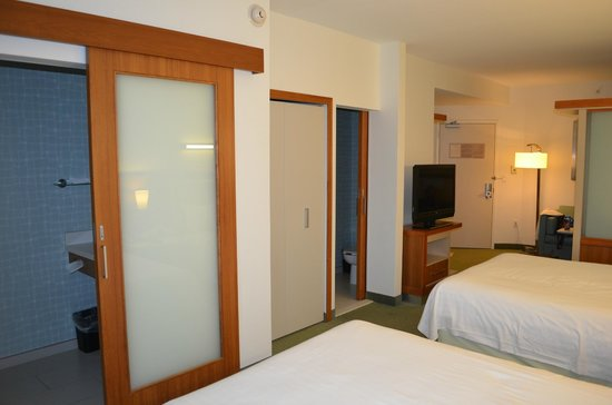 SpringHill Suites by Marriott Orlando at SeaWorld: Room 1440