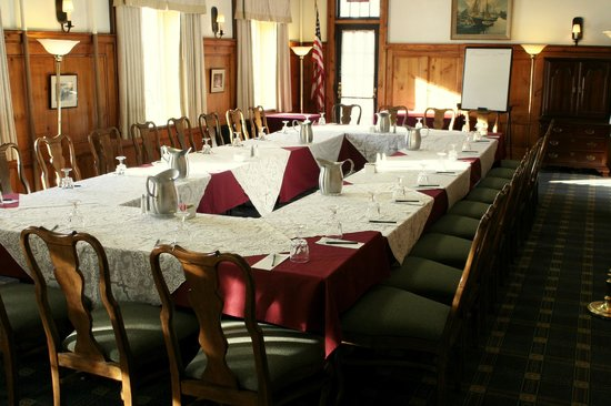 Middlebury Inn: Willard Room